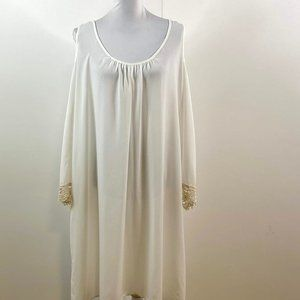ambiance women  sleep wear sz 2 xl white